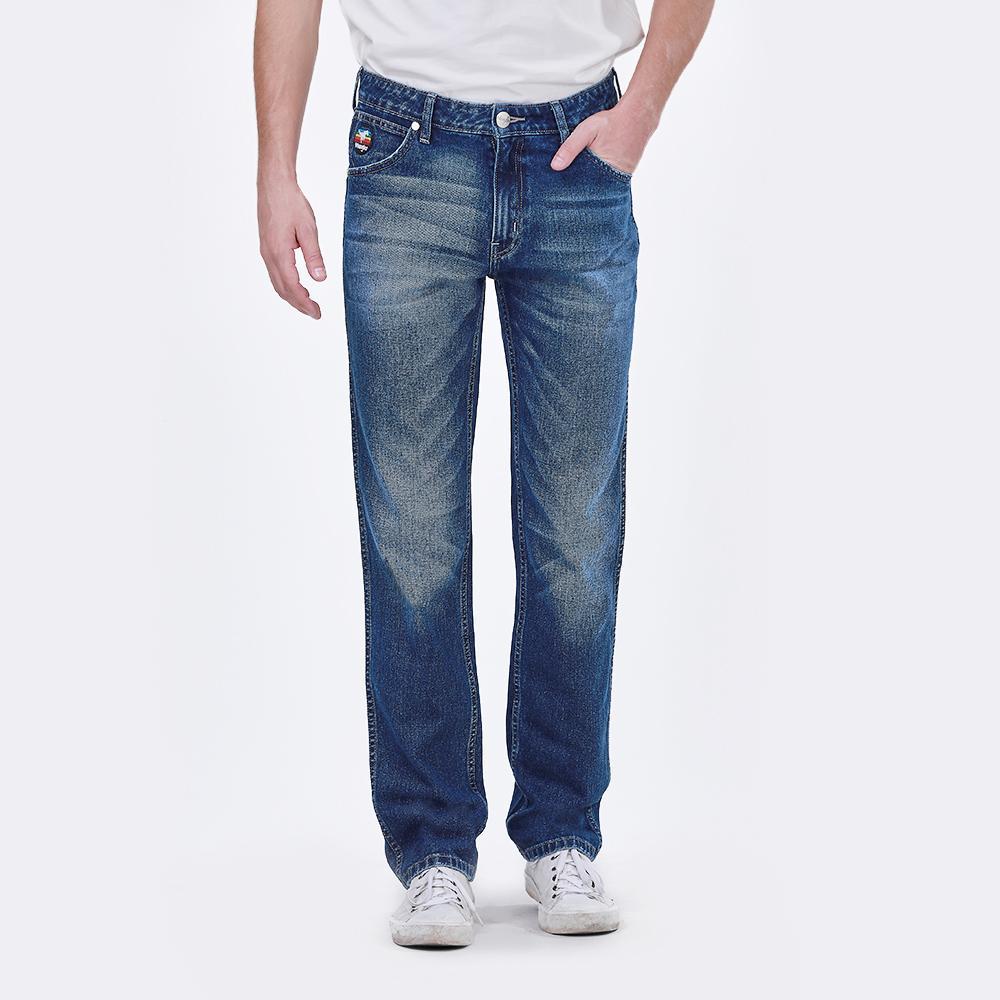 กางเกงยีนส์ ผู้ชาย  รุ่น WR W015Q207 สียีนส์ เอวกลางทรงขากระบอก (GREENSBORO)